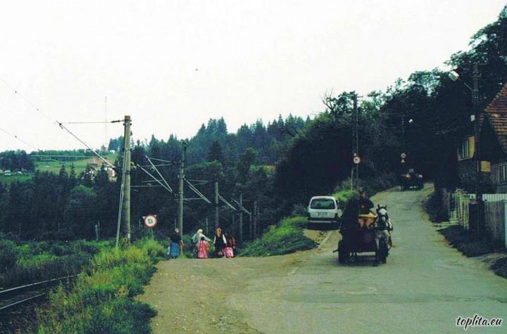 Drumul către Stațiunea Bradul