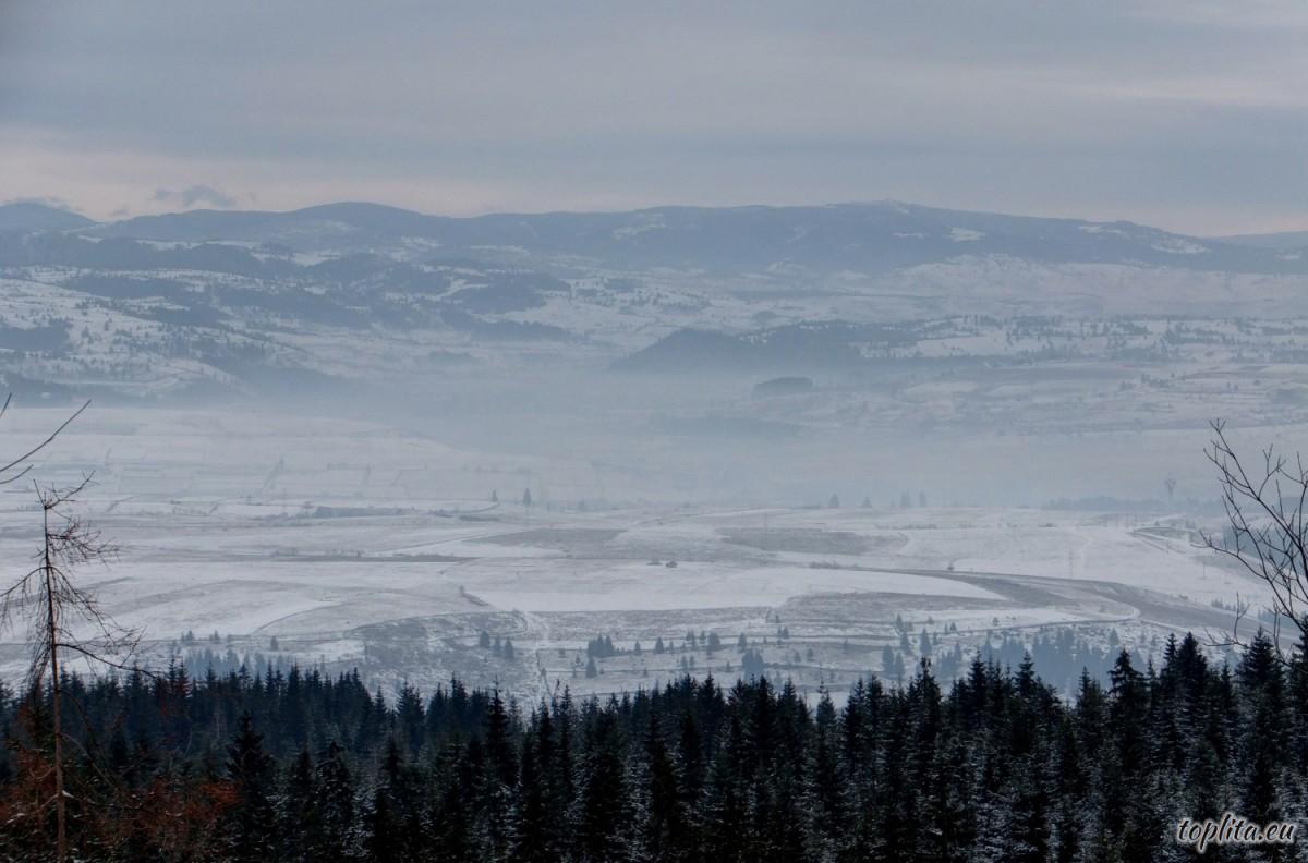 Vedere de pe Vf. Tarnița