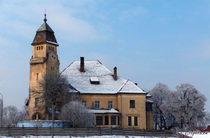 Castelul Urmanczy