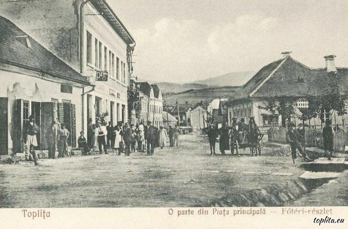 O parte din Piața principală